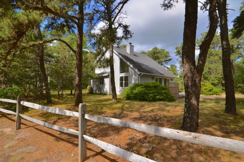 EDGARTOWN - 3 BEDS, TWO BATHS.